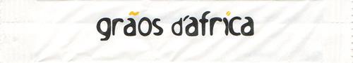 Grãos d'África (stick branco, letras pretas)