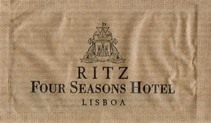 RITZ Four Seasons Hotel - Lisboa ( papel pardo )